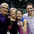 Stefania Sansonna con i genitori e fratello Damiano