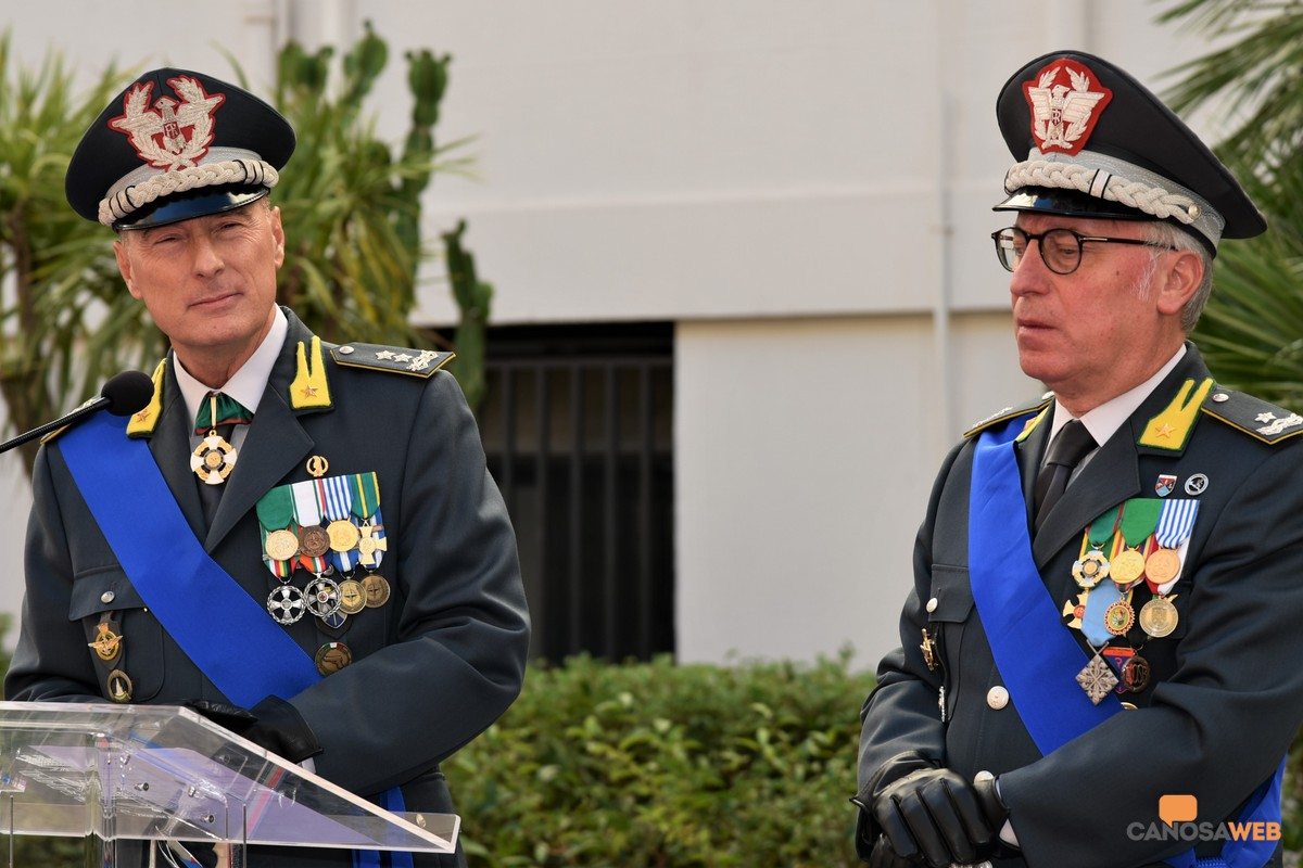 Bari Cerimonia avvicendamento Gen.D. Augelli e Gen.B. Refolo G. di F.