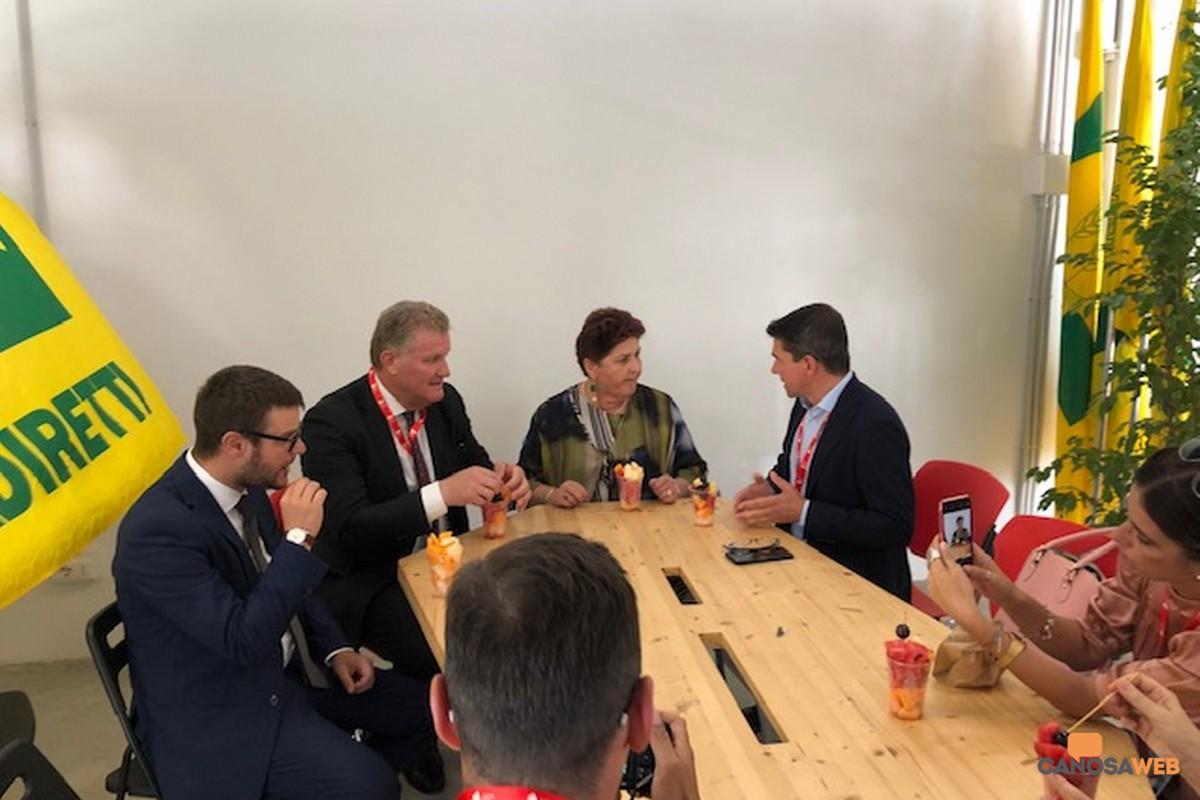Ministro delle Politiche Agricole, Teresa Bellanova, ospite della  Coldiretti a Bari