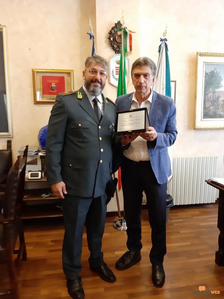 Il finanziere Pietro Spera e il sindaco di Barletta, Cosimo Cannito