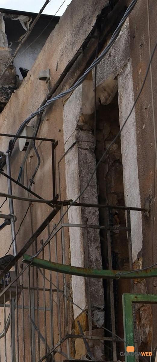 2020 Canosa: Incendio nel borgo antico del Castello, via Stanlingrado