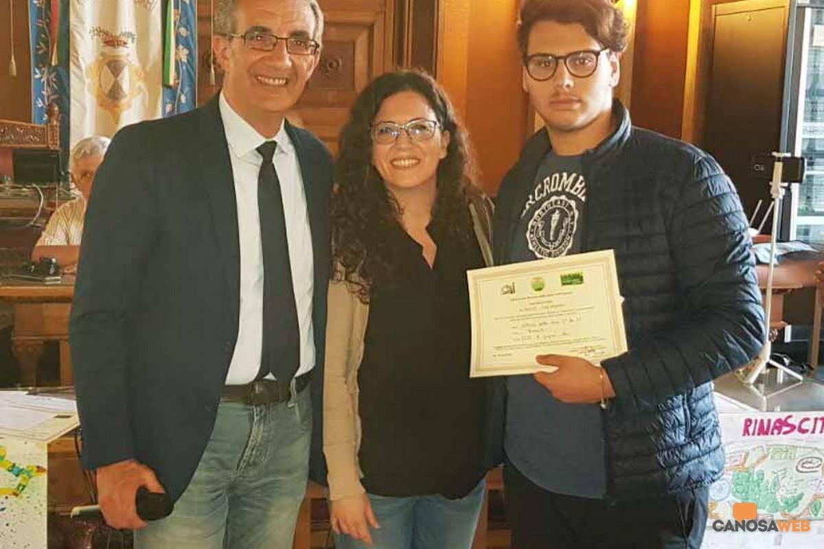 Premiato l'IISS Raffaele Gorjux di Bari