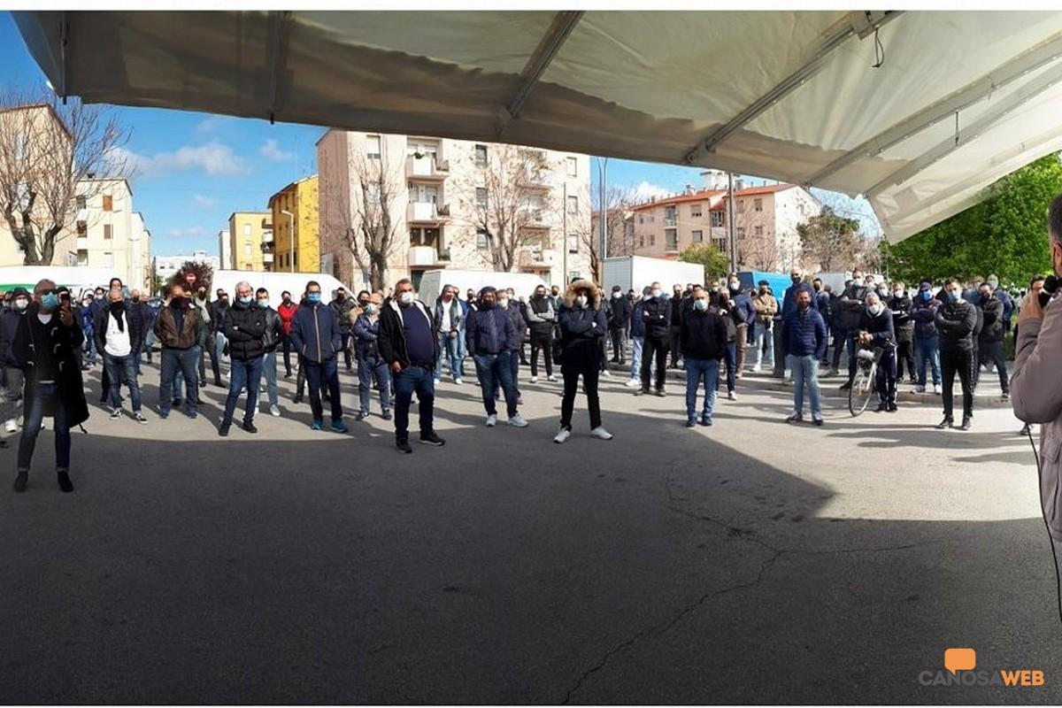 2021 Andria: manifestazione degli ambulanti
