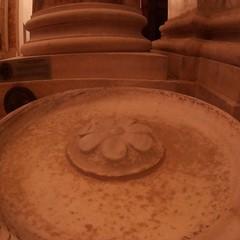 Canosa Cattedrale San Sabino  Acquasantiera