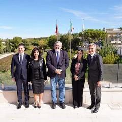 Emiliano con delegazione governo albanese presso Farmalabor