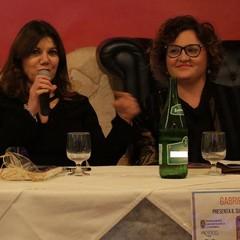 La scrittrice Gabriella Genisi a Canosa