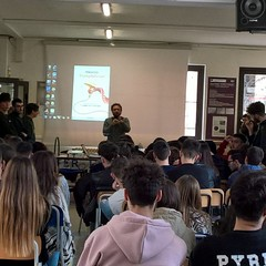 """Pinuccio ospite al Liceo """"E.Fermi"""" Canosa"""