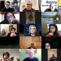 "Rotary Club Canosa Webinar 2021 ""DAD,PANDEMIA e MIOPIA"""