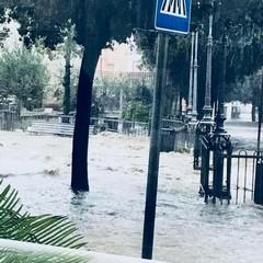 Bomba d'acqua su Canosa