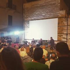 Bagno di folla per Lino Banfi a Canosa