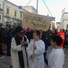Canosa: Funerale a Carnevale
