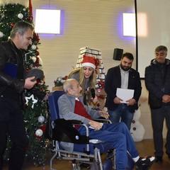 Natale 2019 Pro Loco Canosa premia  il poeta Savino Losmargiasso
