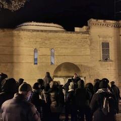 Turisti in visita alla Tomba di Boemondo Canosa di Puglia(BT)
