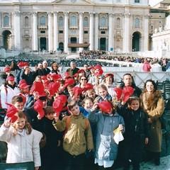 2001 Roma Alunni da Canosa di Puglia   Archivio Maestro Peppino Di Nunno