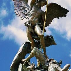 Arcangelo Michele. Giardini del Vaticano
