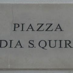 Piazza Badia S.Quirico