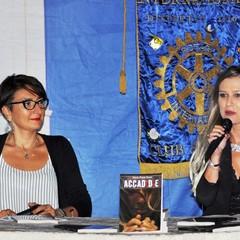 Presentazione romanzo  ACCAD(D)E di Maria Fonte Fucci