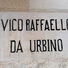 Canosa restauro : Vico Raffaello da Urbino