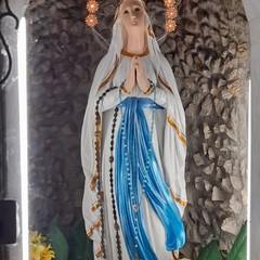 Canosa: La Madonnina risplende nella pittura