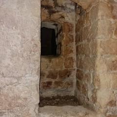 Canosa: Tesori nascosti nella grotta