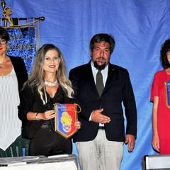 Presentazione romanzo  ACCAD(D)E di Maria Fonte Fucci con M.T.Milanese