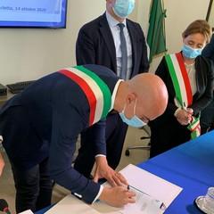 2020 Barletta Vice Sindaco Sanluca firma il Patto per la Sicurezza Urbana