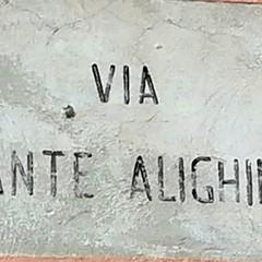Canosa: Via Dante Alighieri