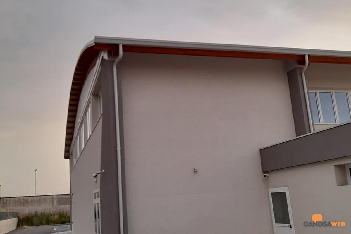 "Canosa:  Centro Polisportivo ""Mauro Lagrasta"""