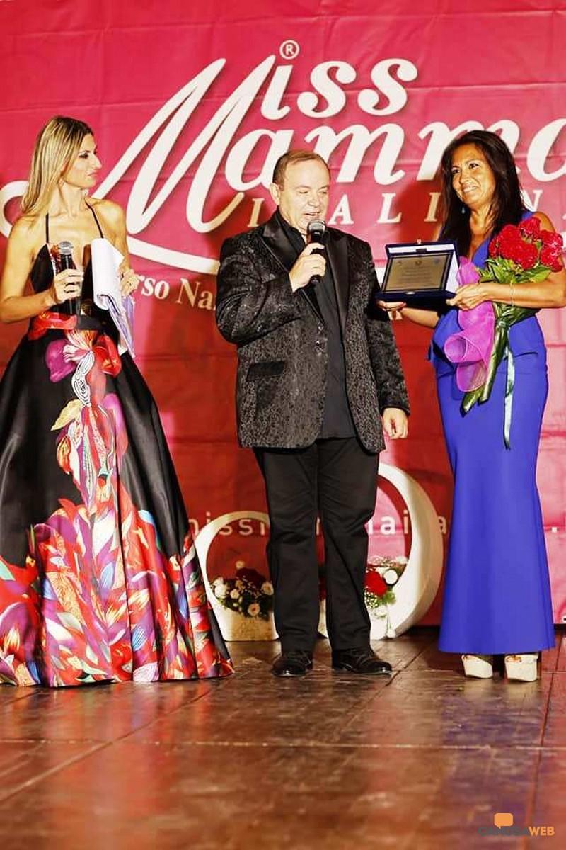Barletta: Premiazione della dottoressa Carmelinda Lombardi