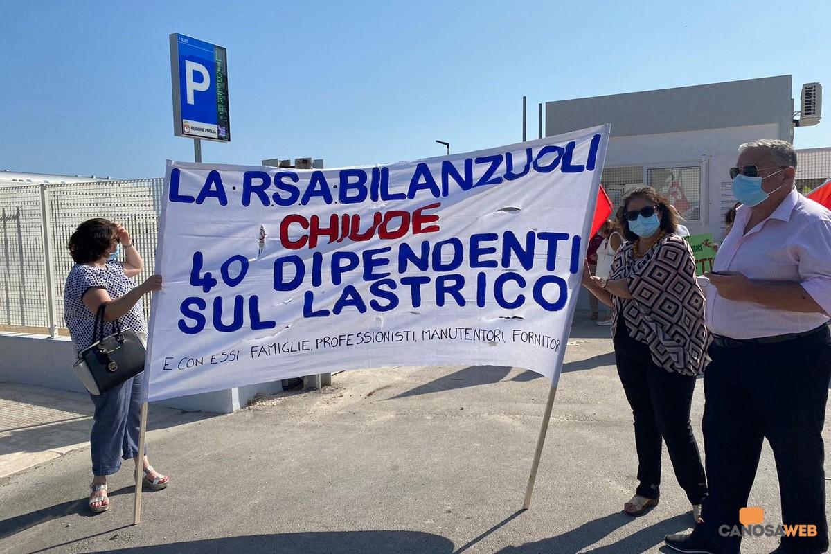 RSA Minervino manifestazione a Bari