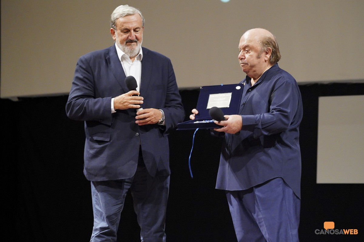 A Lino Bandi il premio Bifest alla  carriera da Emiliano a Bari