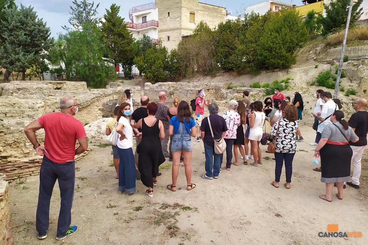 Canosa Terme Lomuscio  turisti ini visita