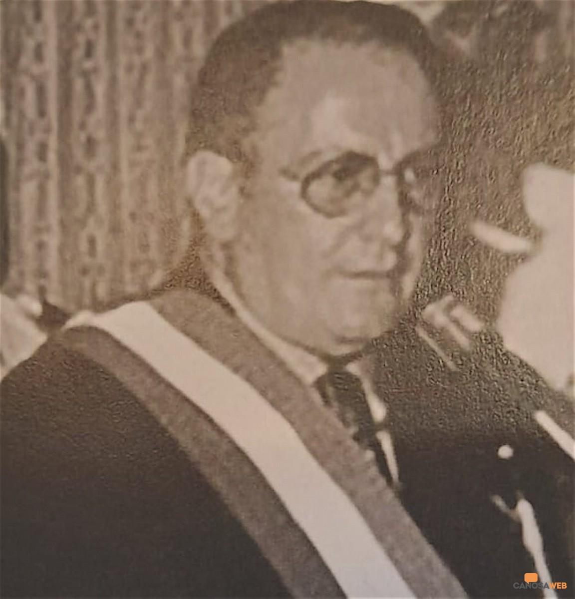 Lorenzo Trallo sindaco di Canosa nel 1996