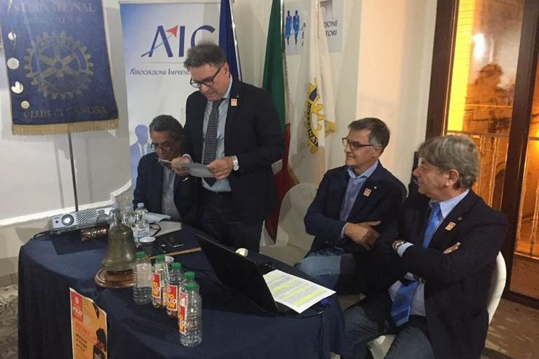 Rotary Club Canosa  Pres.Domenico Damato