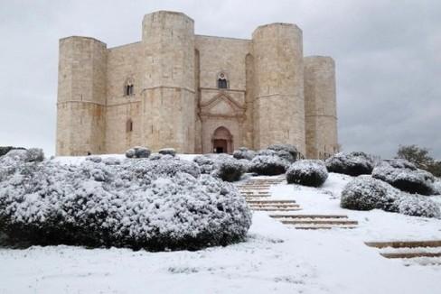 Castel del Monte neve