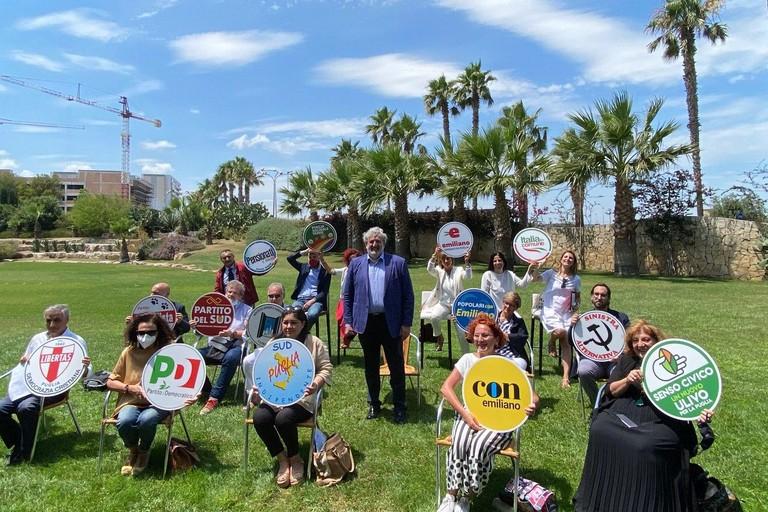 Elezioni Regionali Puglia 2020 Emiliano presenta le liste
