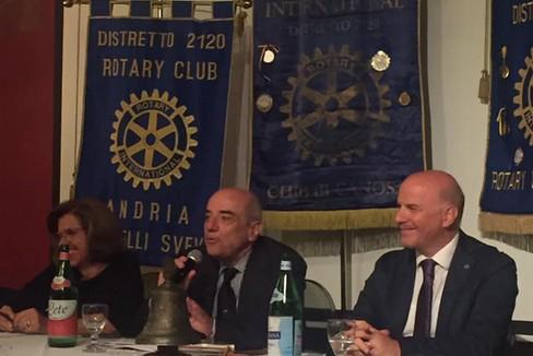 Nicola Rossi ospite del Rotary