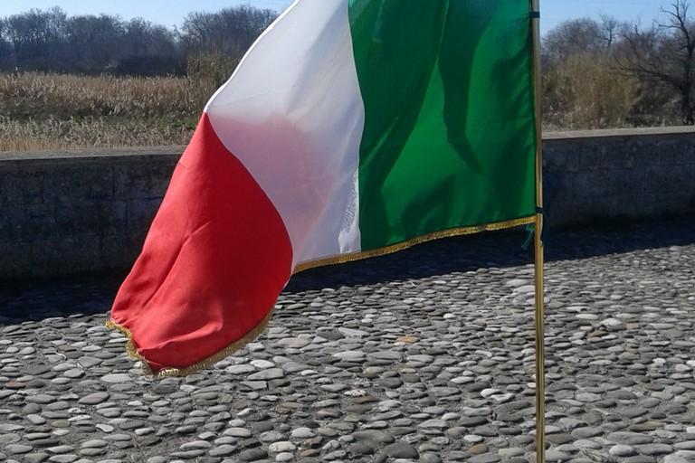 Tricolore Ponte romano sul fiume Ofanto