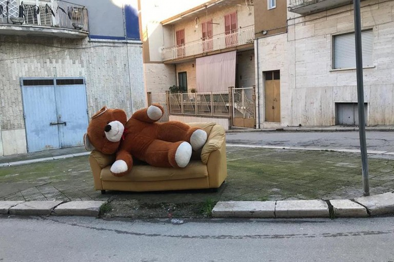 L'orso di peluche  Canosa Elia Marro
