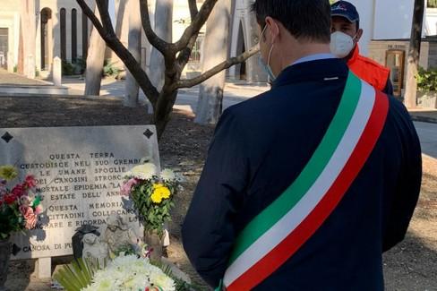 2020 Commemorazione defunti Sindaco di canosa Roberto Morra