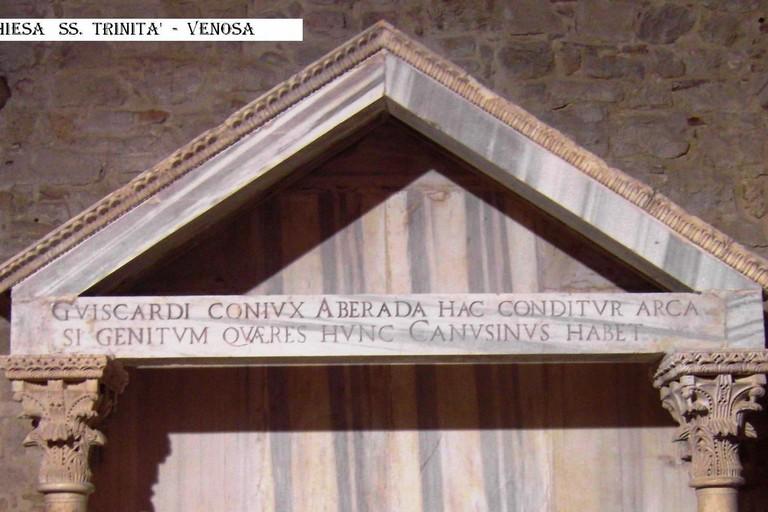 Iscrizione tomba madre Boemondo