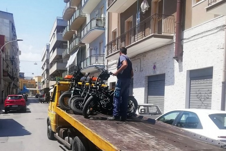 Barletta Sequestri bici elettriche