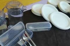 Al via la distribuzione delle posate e l'utilizzo di piatti biodegradabili