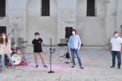 """Applausi virtuali per  """"Musica e Suoni in terrazza"""""""