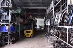 Furti di auto:sequestrate migliaia di componenti nell'autoricambi