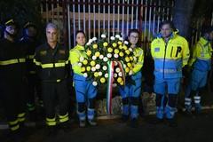 Onore al sacrificio dei Vigili del Fuoco