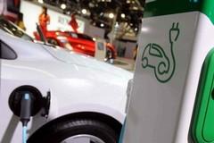 Boom delle immatricolazioni di auto elettriche