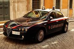 Tenta di rubare un'auto, arrestato un 18enne incensurato