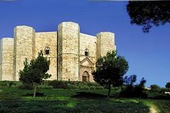 Castel del Monte: La Storia e il Mito
