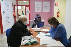 Puglia: superato un milione di dosi somministrate di vaccino